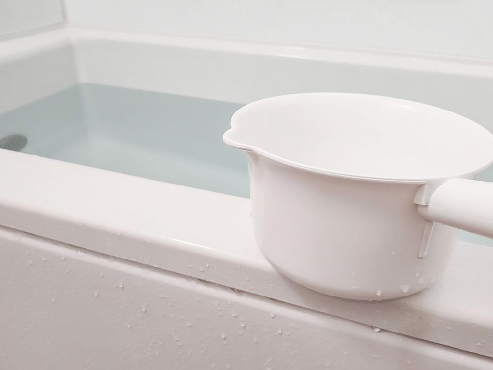 むくみの解消に湯船に浸かるのも効果的