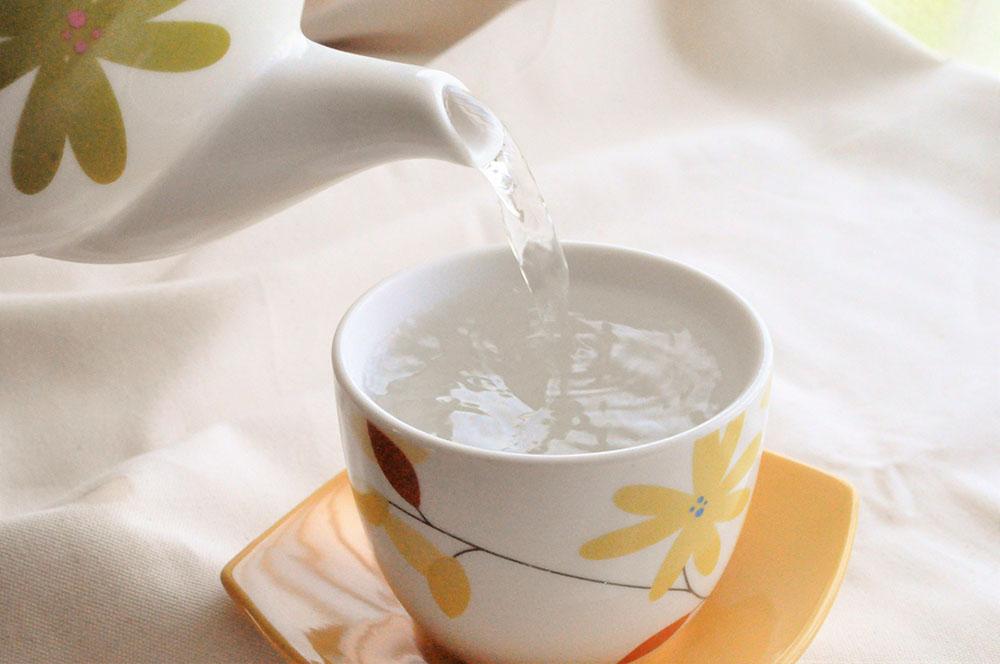 ダイエット中の効果的な水分の摂り方