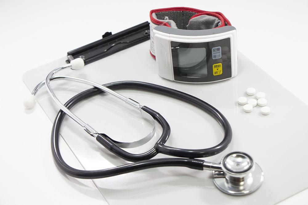 【高血圧の方必見】降圧剤を飲み続けるとED(勃起障害)になりやすい!