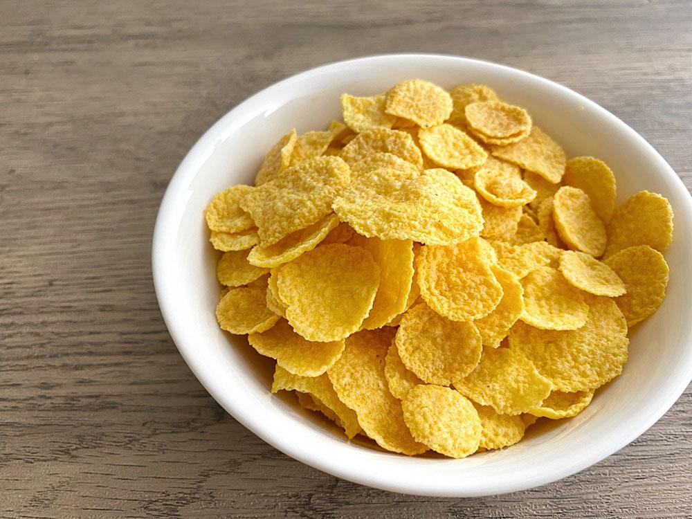 糖質制限中に避けたい食べ物:ご飯、パン、麺