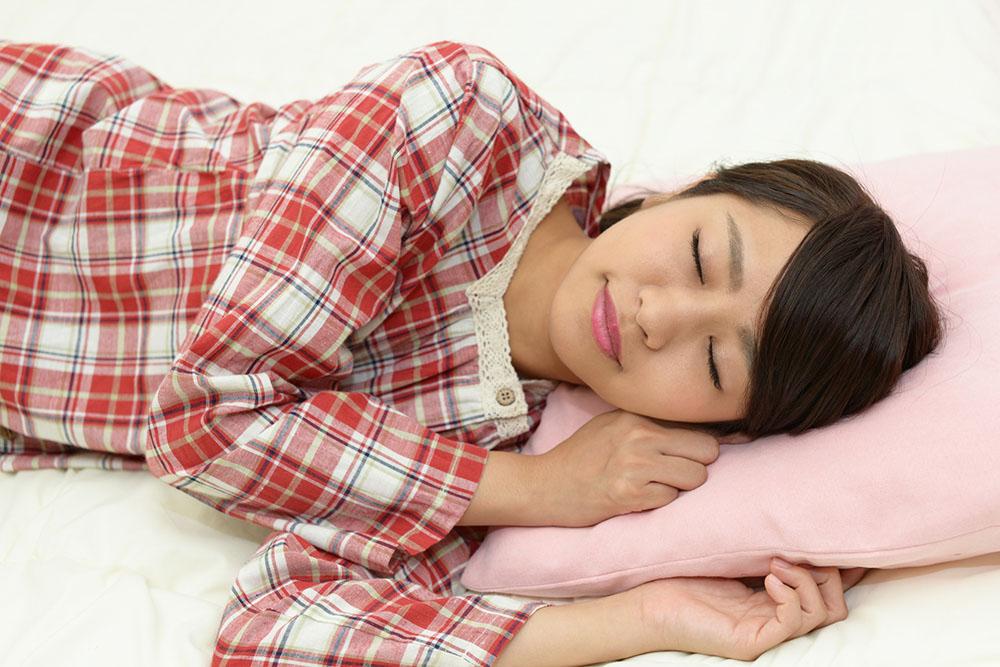ダイエットの成功には睡眠が重要だった!?ダイエットと睡眠の深い関係とは