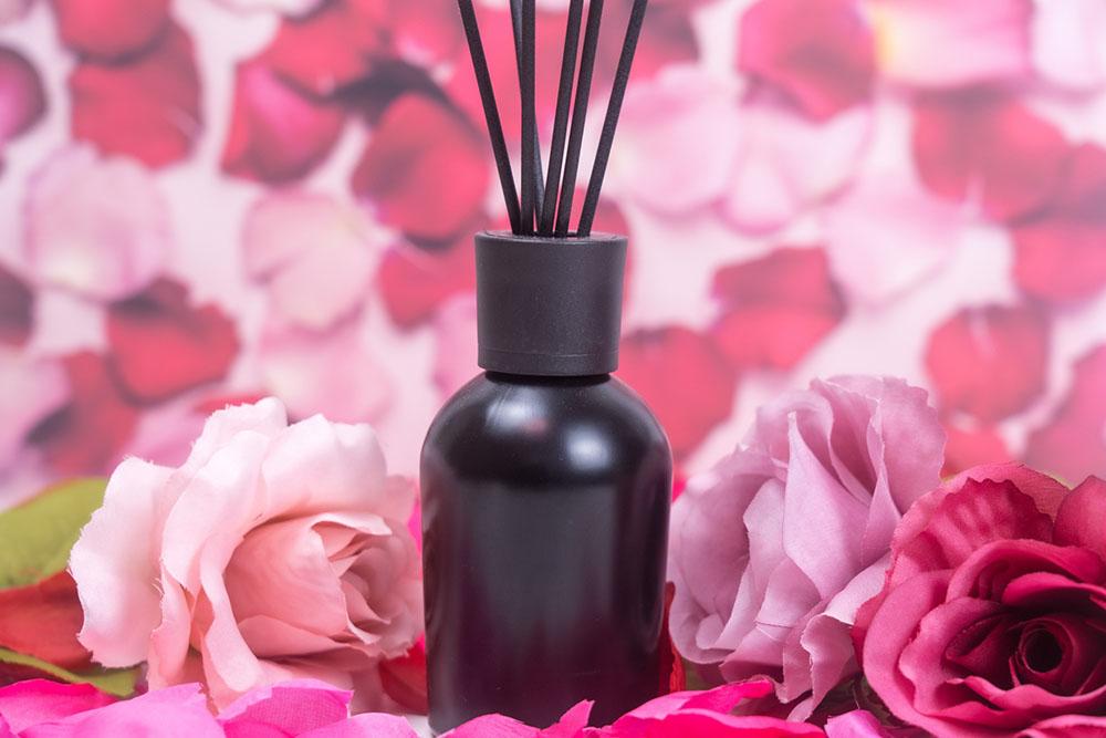 女性ホルモンを整える香りのアロマオイル